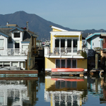 houseBoat.png